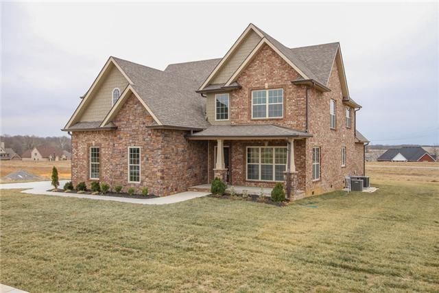147 Stones Manor, Clarksville TN 37043 - Stunning 4 Bedroom, 3.5 bath Home features huge Great Rm, Formal Dining, Lovely Kitchen w/ Breakfast Rm & Granite, Main Level Master Suite W/HW And Spacious Bonus Room! Whirlpool in Master Bath, Covered Porch, 2 Car Garage & More. A Must See!  http://roy.kristingwaltney.com/property/12-1494095-147-Stones-Manor-Clarksville-TN-37043