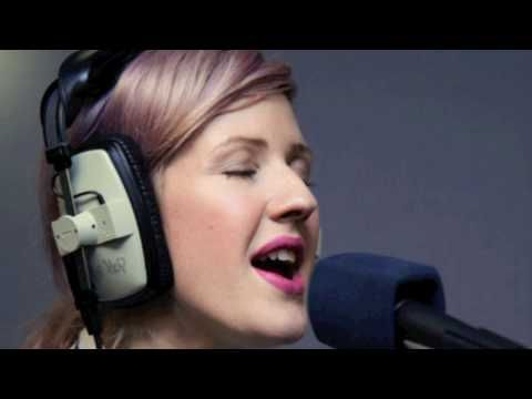 Ellie Goulding Covers Heartbeats by Jose Gonzalez/The Knife Acoustic 12th March 2011 Radio 1