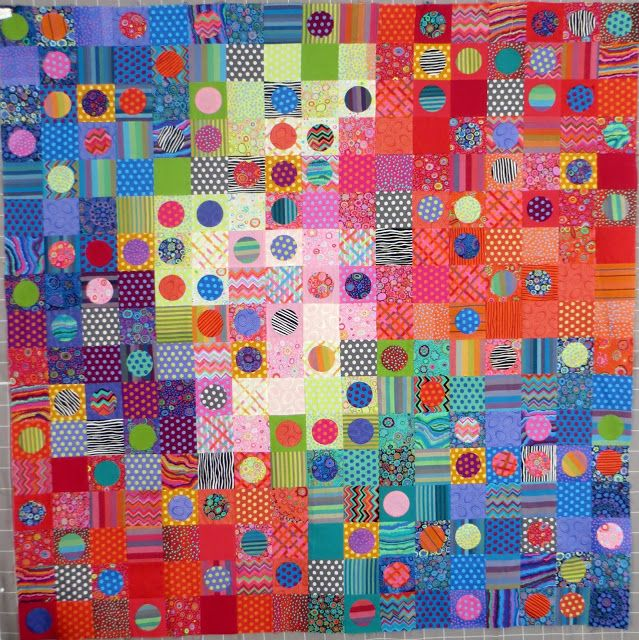 I Designed And Stitched Losing My Marbles For Kaffe Fassett S Quilts In Italy Book It Is 81 Different Fabrics Circle Quilts Kaffe Fassett Quilts Quilts