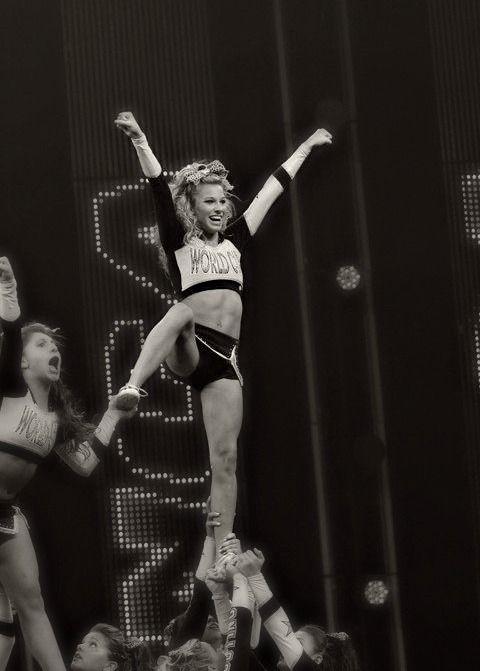 Cheerleading Follow Me In My Twitter Nayviessgarcia Y Les Dare Follow Aqui D Competitive Cheer Cheerleading Cheer