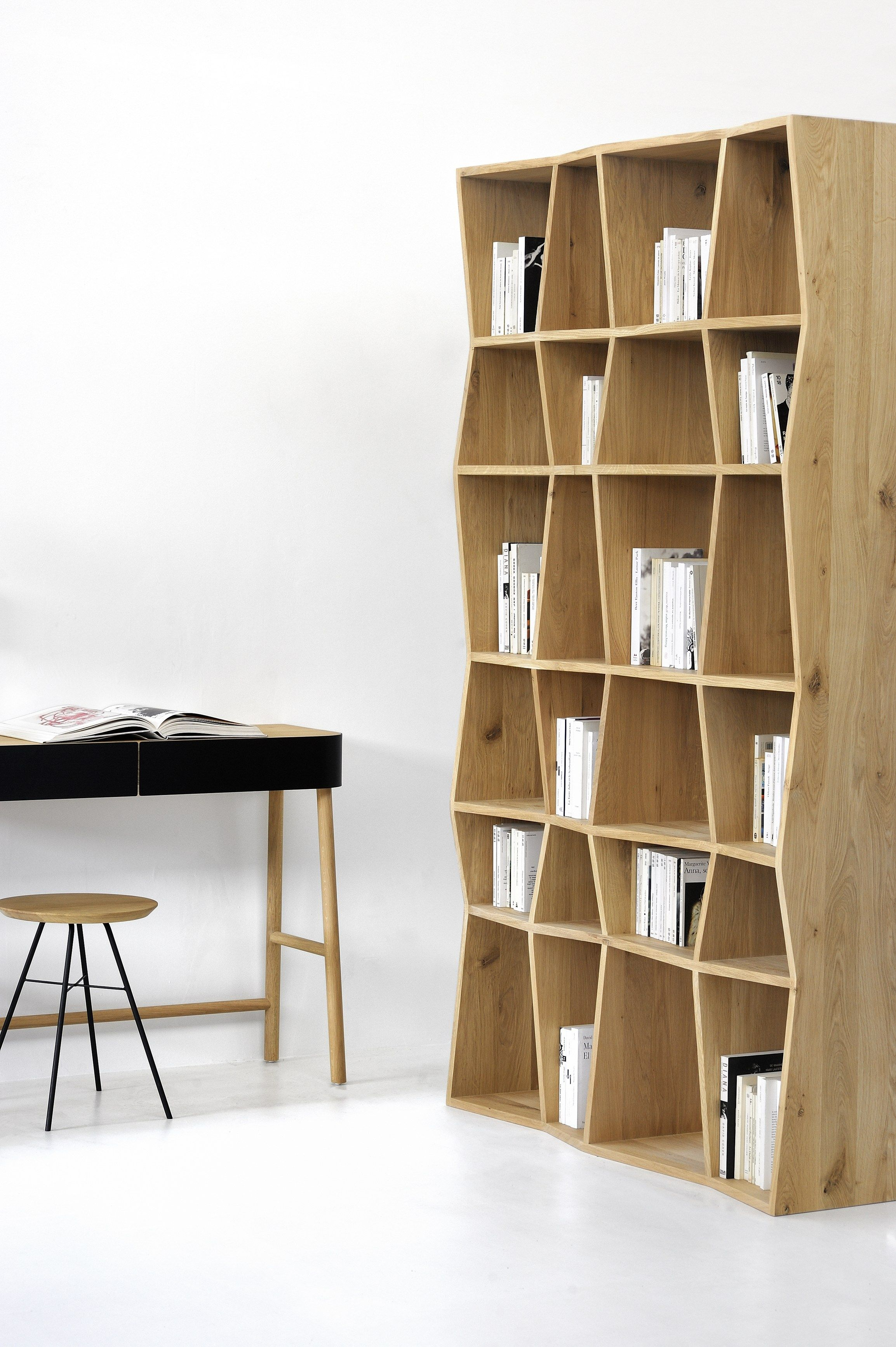 z rack biblioth que by ethnicraft cloud drops. Black Bedroom Furniture Sets. Home Design Ideas