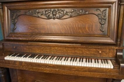 Antique Piano Values (With images) Piano, Antiques