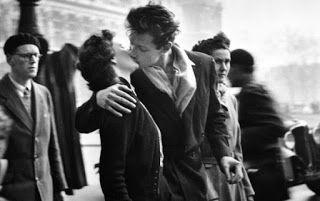 PAULOLANZ: post 183: mi piace baciarti (Abbozzi Poetici – rac...