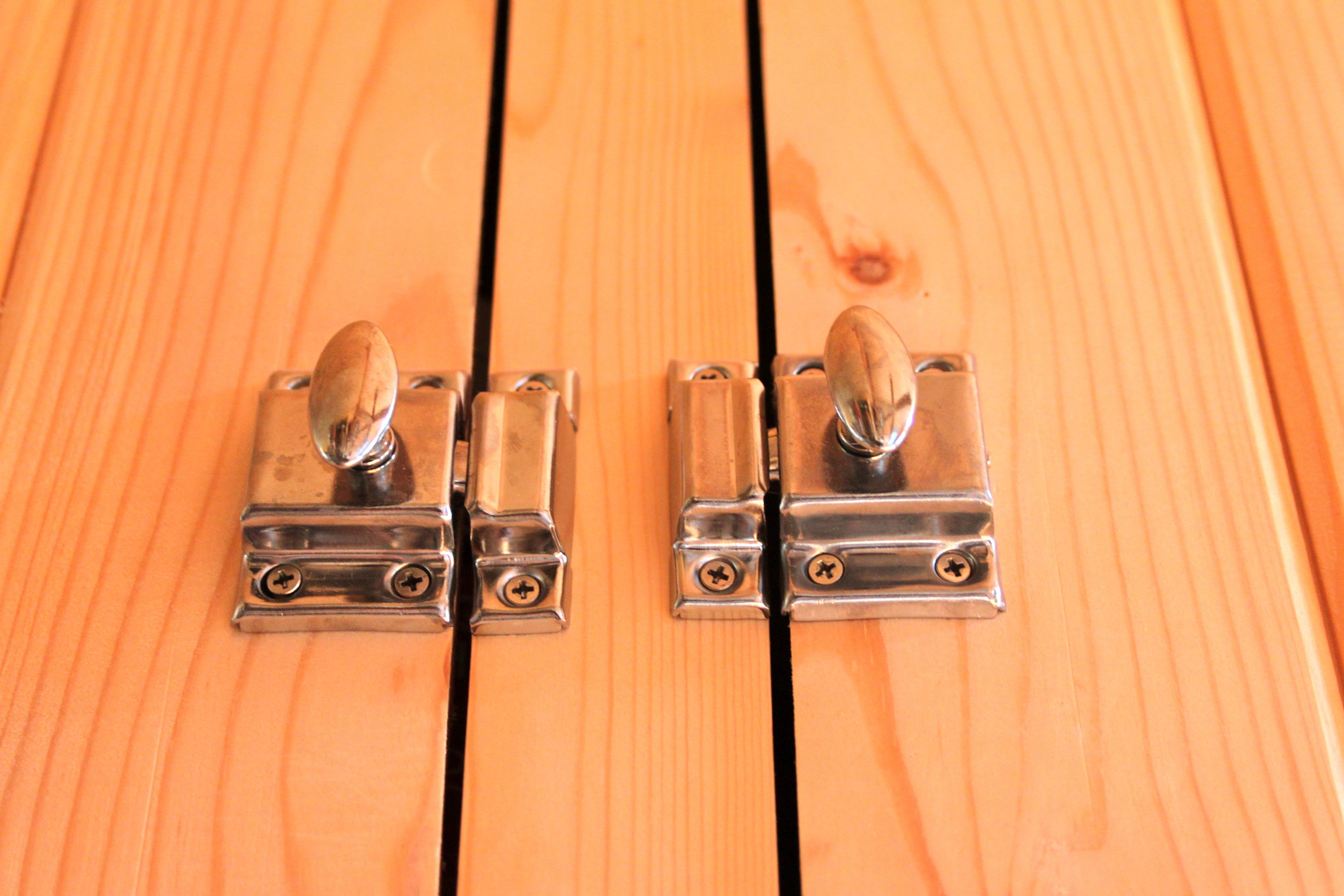 Tiny Home Designs: Tiny House Traditional Cabinet Latches