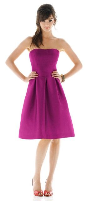 alfred sung bridesmaid dress  Love the style of this one... Simple and classy!