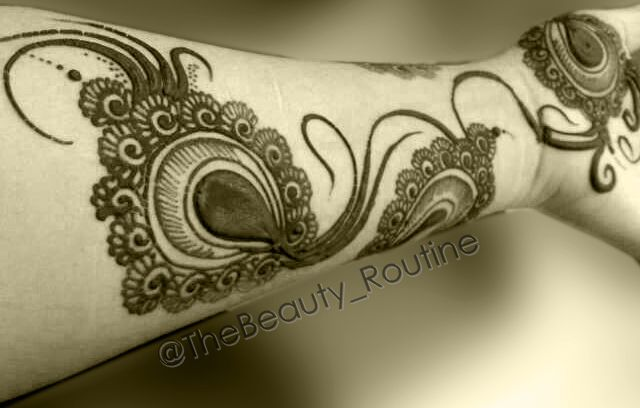 Mehndi Tattoo Peacock Feather : Peacock feather #henna #design @thebeauty routine make up n beauty