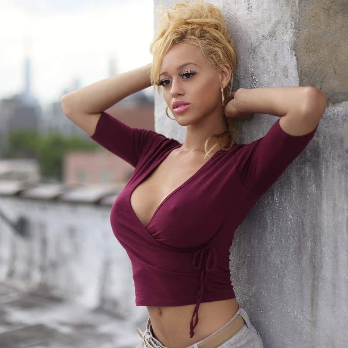Selfie Stormi Maya Alvarado nude (46 foto and video), Topless, Bikini, Selfie, legs 2015