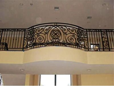 Wrought iron railings interior wrought iron and for Indoor balcony railing