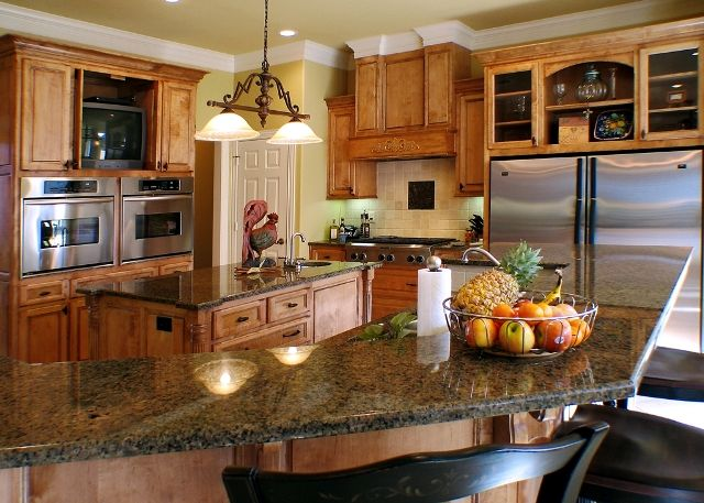 Lovely Spacious Kitchen In East Texas Designed By Trent