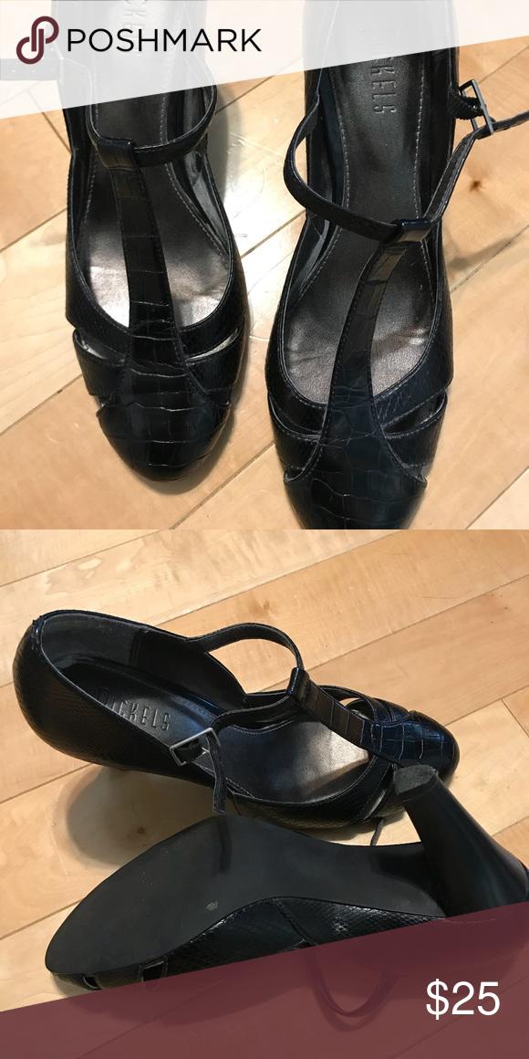 ... ac0ce 9072e Nickels black closed toe heels Nickels brand - Barely worn  black classic t- ... 3b6c4e4a4