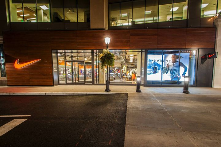 Nike's store in University Village, Seattle, was created as a sanctuary for athletes. http://www.chainstoreage.com/slideshow/nike-seattle