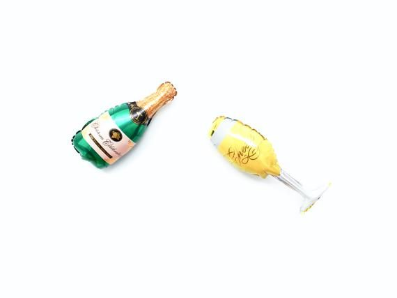 CLEARANCE - New Years Eve Champagne Bottle Balloon Photo ...