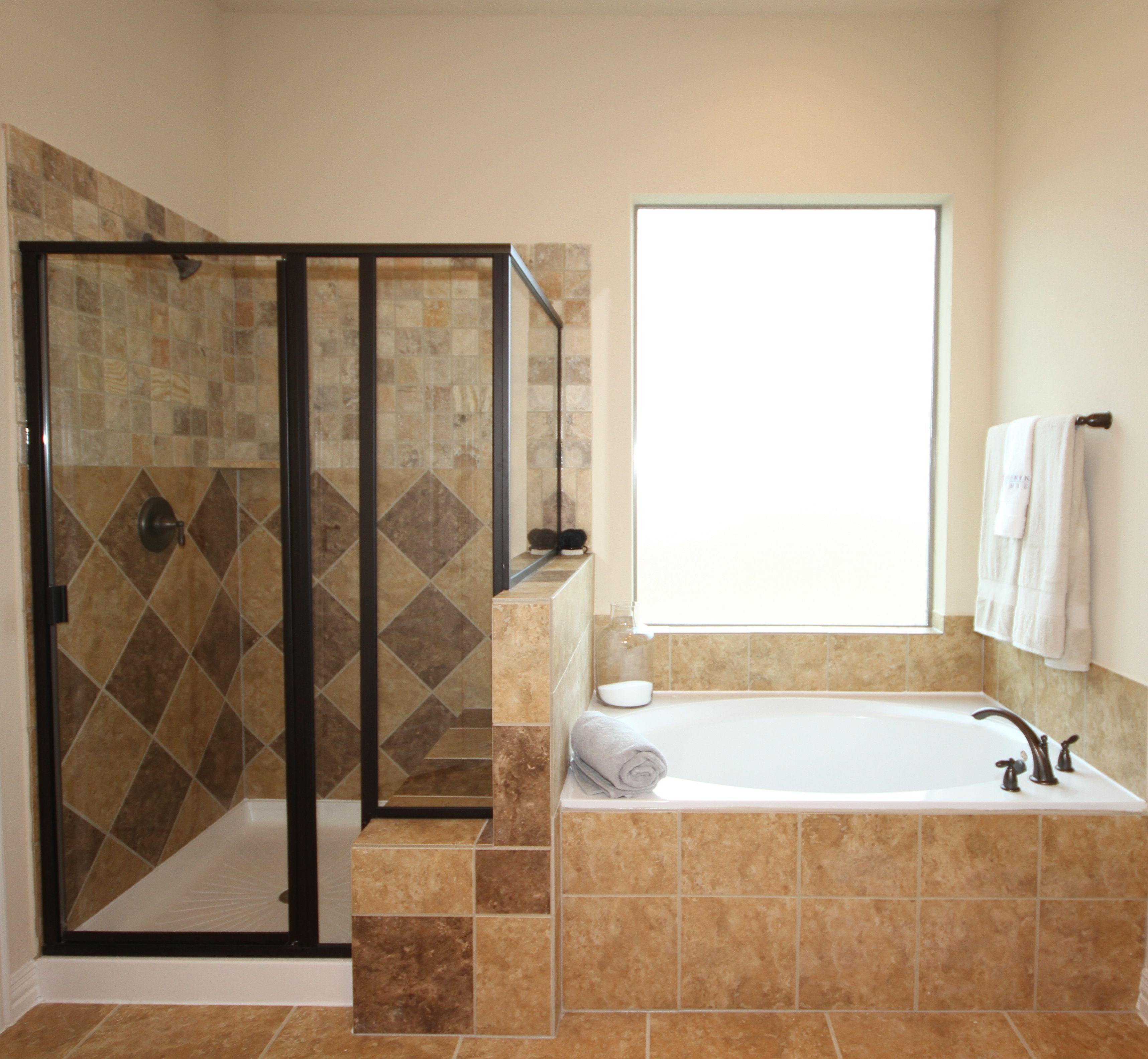 Kinsmen Homes Meagan Plan Harlequin tile design in shower
