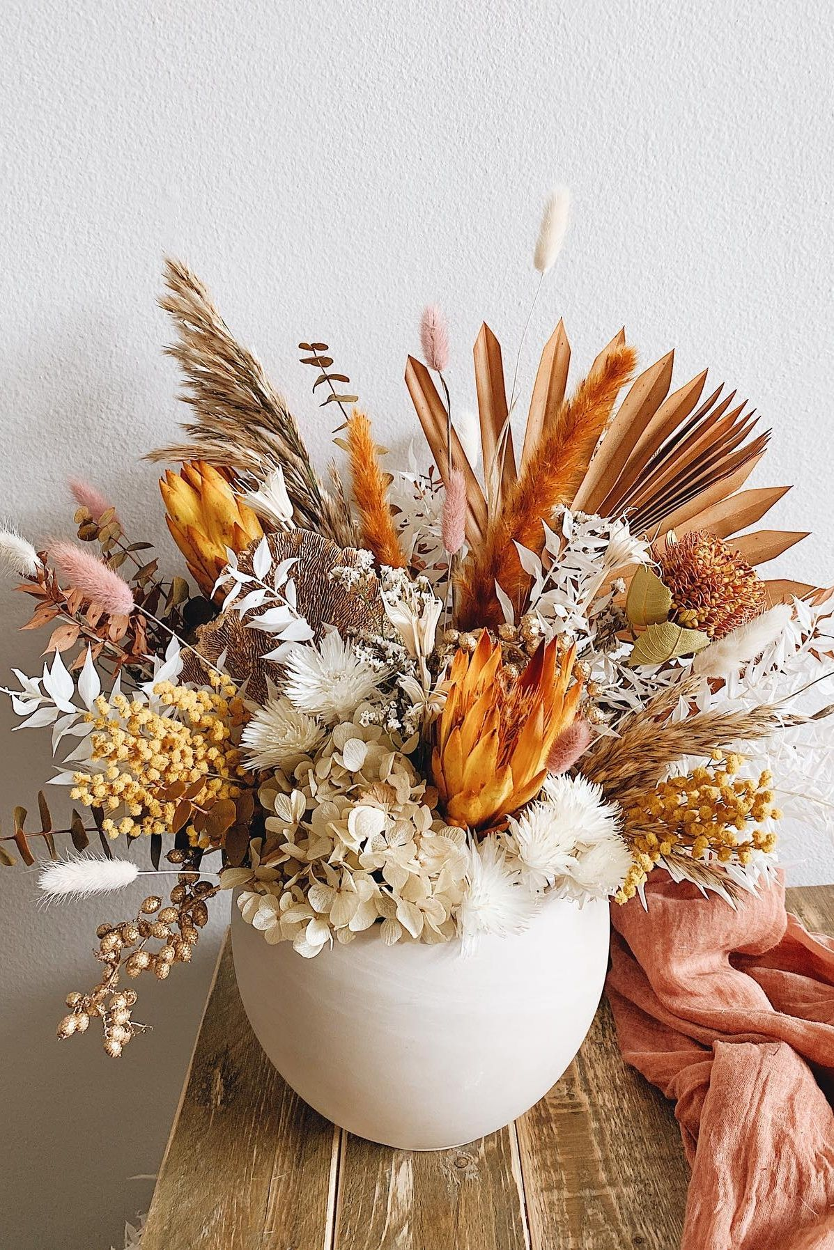 Terracotta Dried Flower Arrangement Ideas In 2020 Dried Flower Arrangements Dried Flowers Fall Thanksgiving Decor