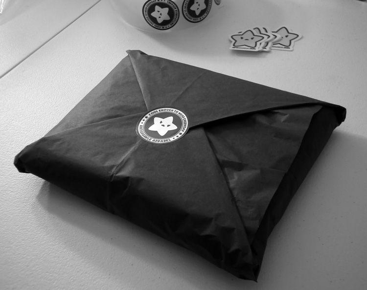 T shirt 750 593 pixels t shirt packages for Unique t shirt packaging ideas