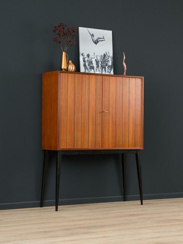 exklusive kommode aus den 1960er jahren vintage korpus in teak furnier mit zwei schrankt ren. Black Bedroom Furniture Sets. Home Design Ideas