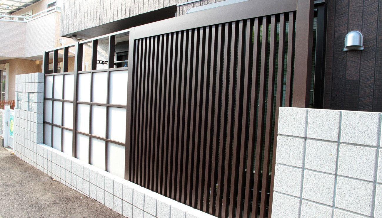 スタイリッシュなlixil リクシル のgスクリーンフェンス 外構 エクステリア コンクリートブロック