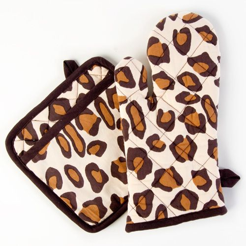 Zebra Print Kitchen Decor: Leopard Print Oven Mitt/Potholder Set