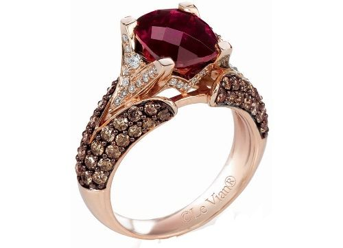 Brown Diamond Worth 12 000 That Deceived The Women As A Luxury Item Chocolate Diamond Ring Levian Jewelry Chocolate Diamonds