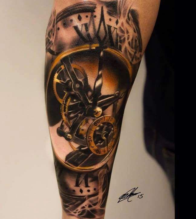 Pingl par axel boubals sur projets pinterest tatouages horloge tatouages et horloge - Tatouage horloge homme ...