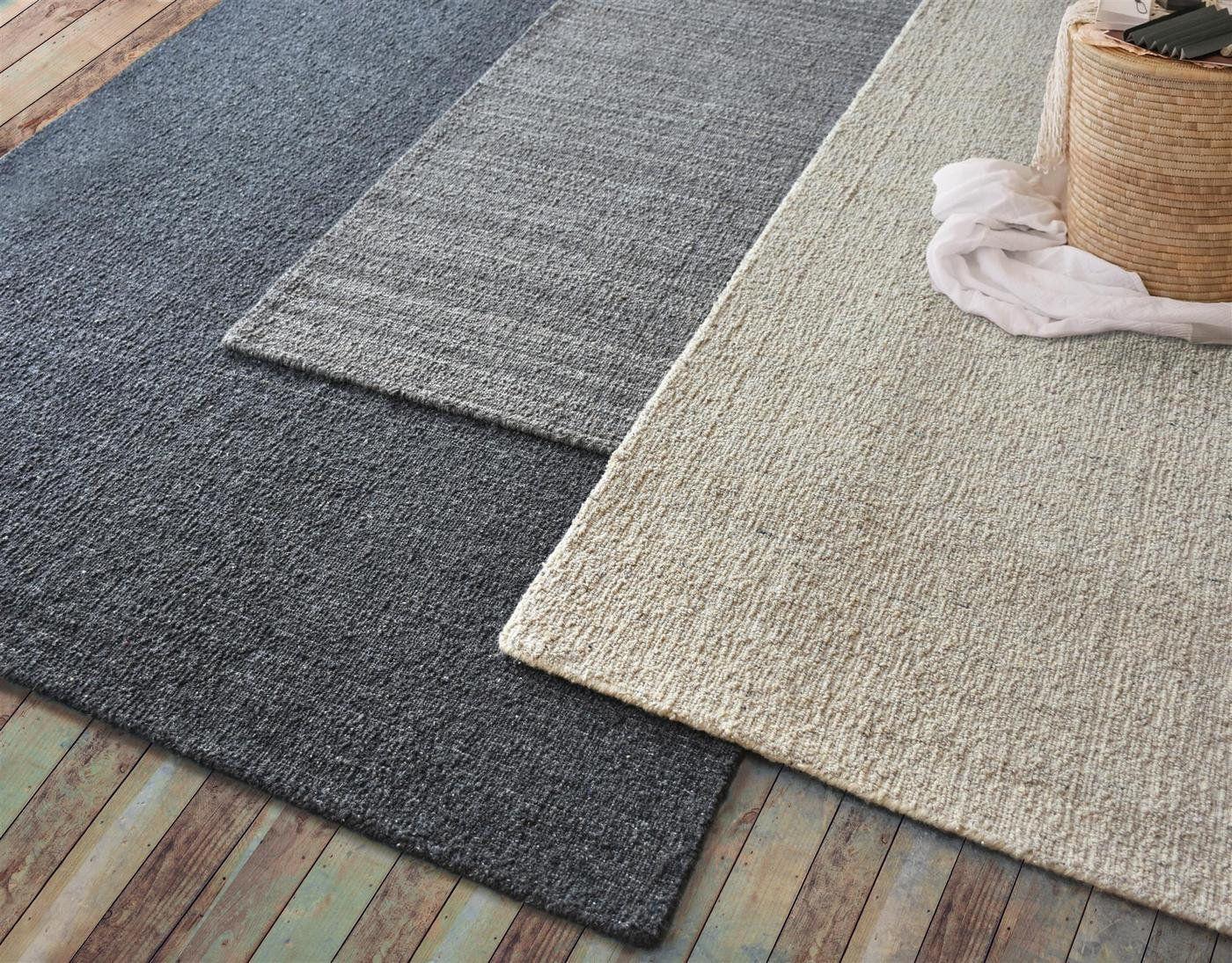 Best Seller Darya 100 Wool Rug Free Shipping Worldwide Etsy In 2020 Charcoal Rug Wool Rug Rugs