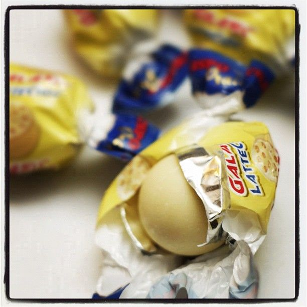 #confetti #crispo #napoli #italia #praline - @confetticrispo | Webstagram  le deliziose praline GALATINE al cioccolato bianco