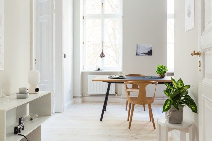 Small-Space Living: A Grand Two-Room Apartment | Apartments, Small ...