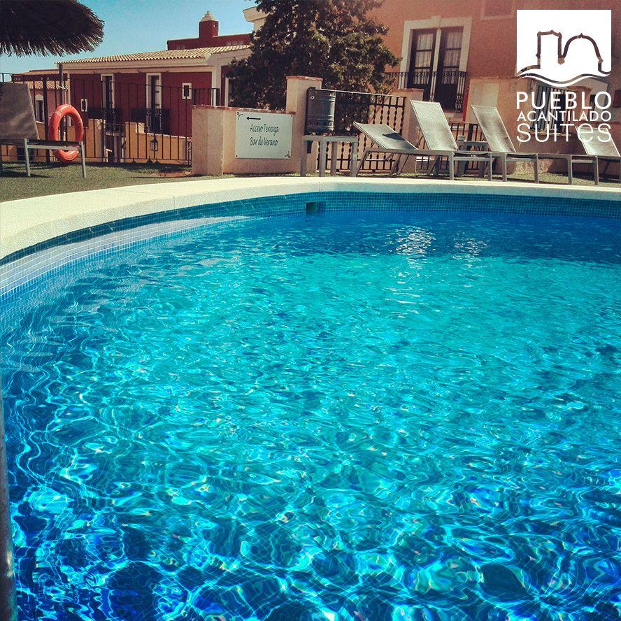 Mirad el agua cristalina que tiene nuestra #piscina  ¿te atreves a probarla?