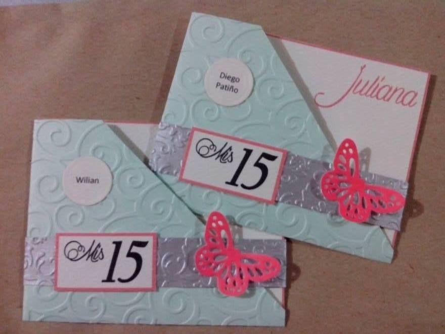 Tarjetas de quince a os modelo butterfly invitaciones for Cubre sillas para 15 anos