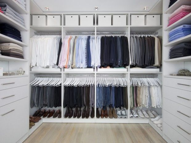 STYLIST WALK-IN- I like the hanging space, shirts on top, pants on ...
