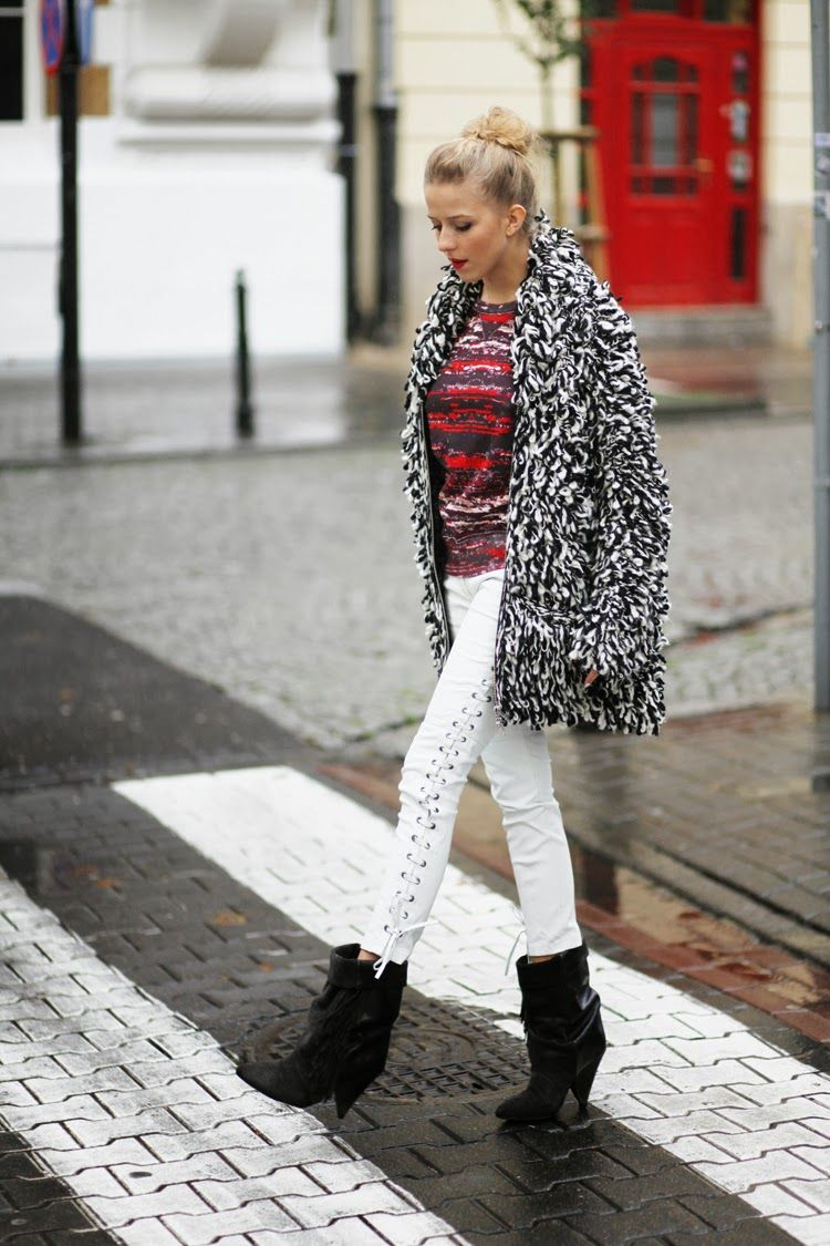58e8cbc24b Trend  Bloggers wearing Isabel Marant Pour H M