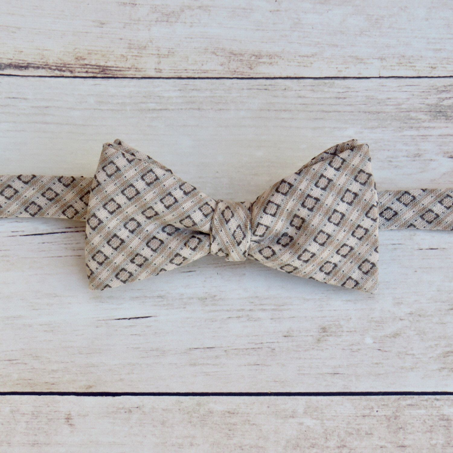 Neutral Cream Beige Bow Tie | Mens Vintage Bow Tie | Cotton Self Tie ...