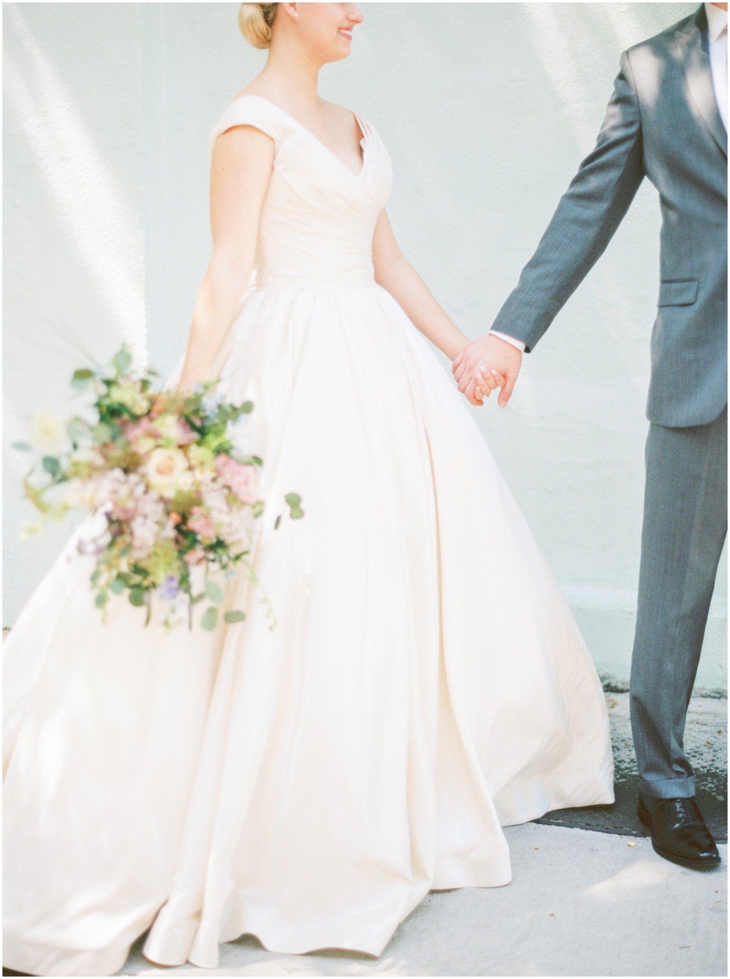 Kentucky Derby Wedding In Charleston Kentucky Derby Wedding Floral Wedding Gown Spring Wedding Inspiration [ 2012 x 1500 Pixel ]