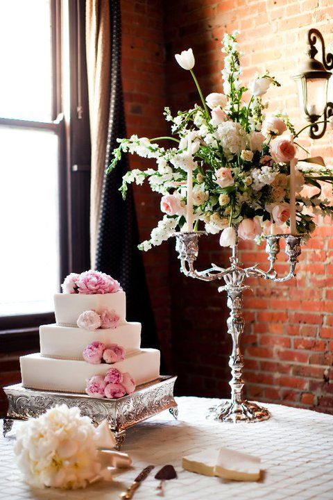 Cake Table Arrangement Wedding Cake Display Wedding Cake Table Vintage Floral Wedding Invitations