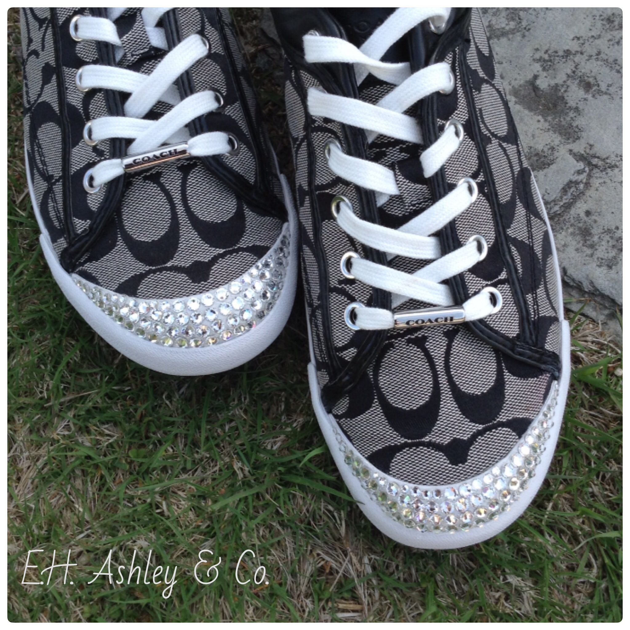 Swarovski ELEMENTS Flatbacks can make anything great look even more fabulous, by just adding a little bling!  E.H. Ashley always carries a full stock of Flatbacks! www.ehashley.com #flatbacks #blingshoes #swarovski