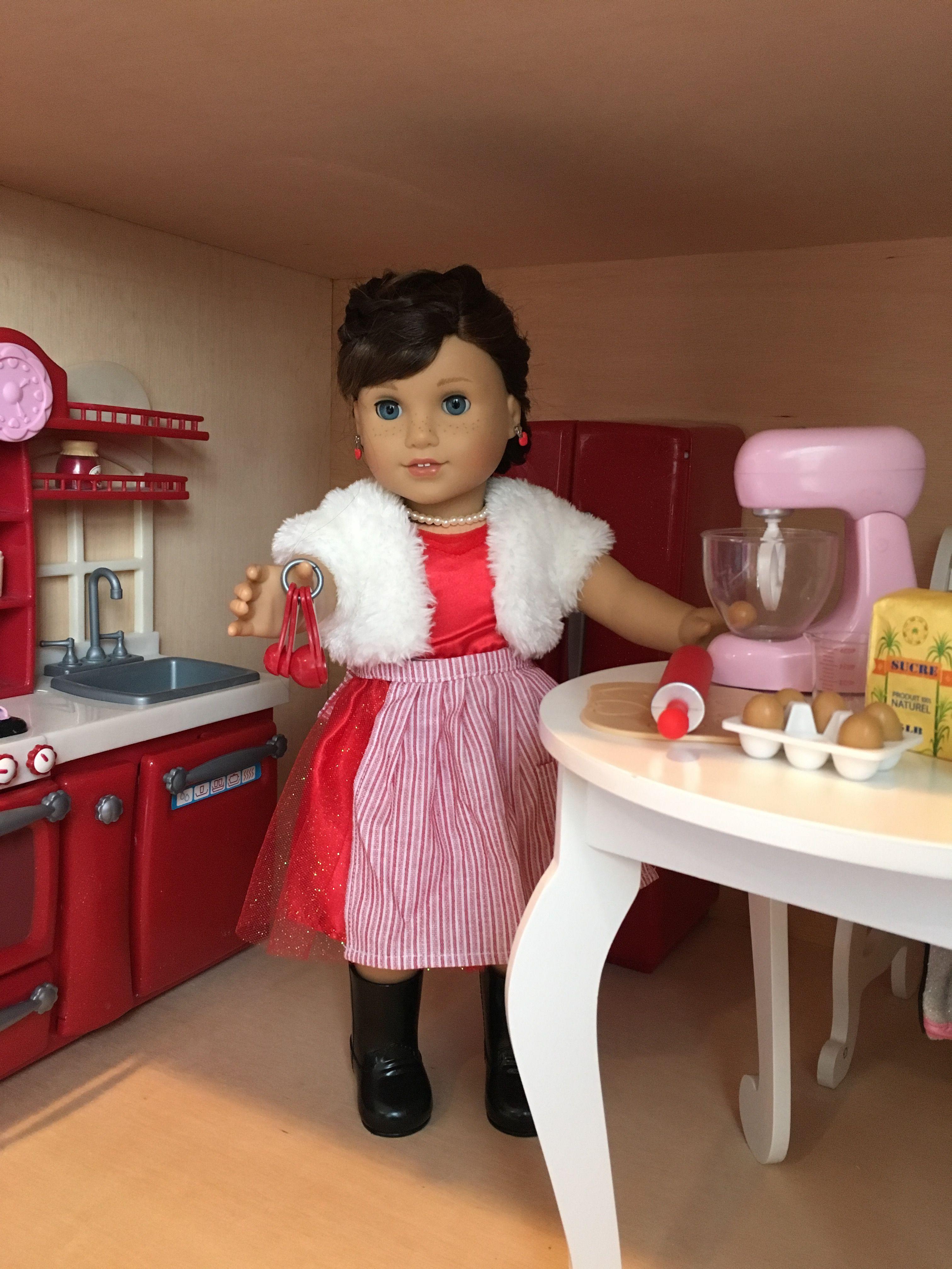 Grace is baking Christmas cookies