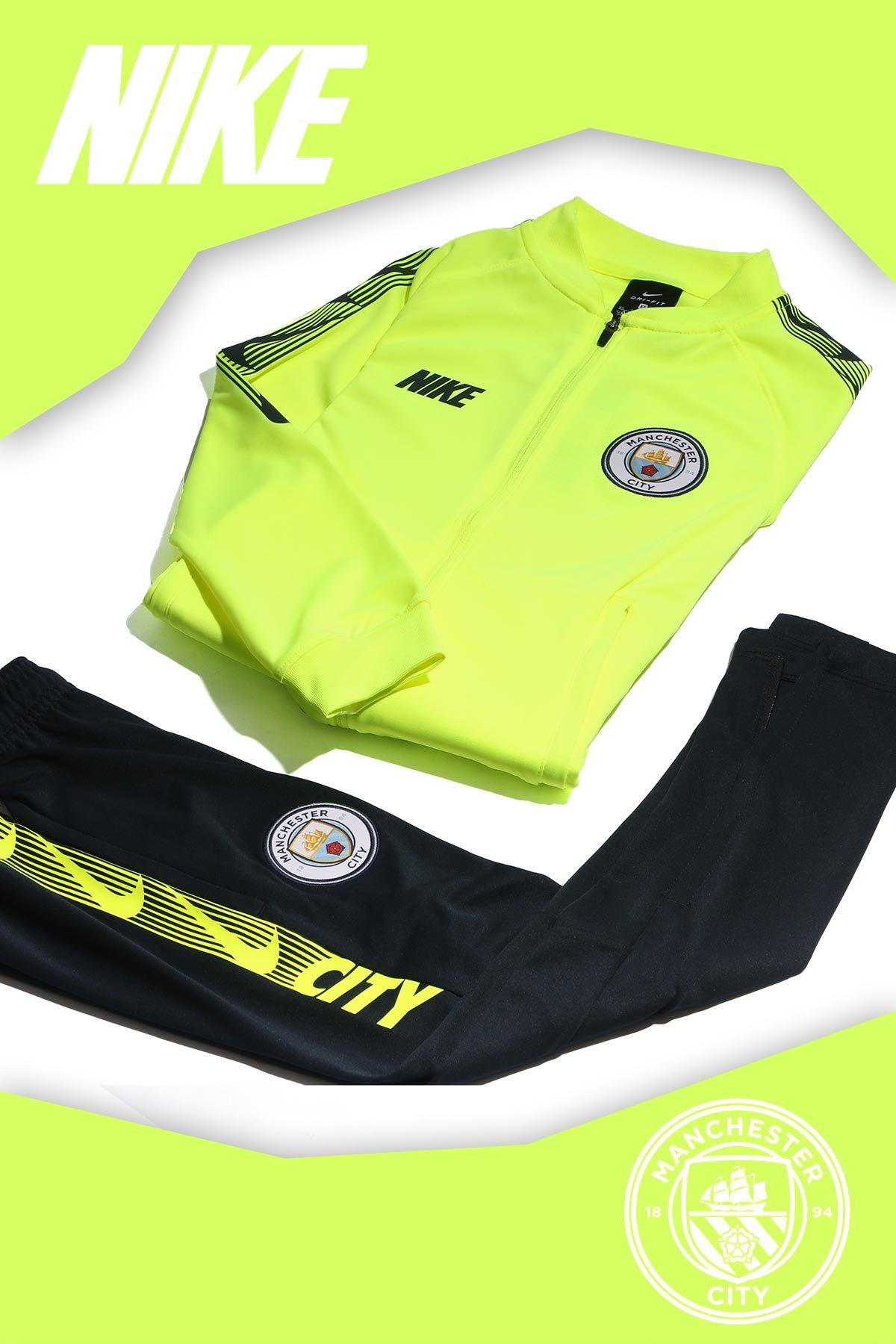 011d712224059 Ropa de entreno del Manchester City para niño.  futbolmaniakids   futbolmania  nikefootball