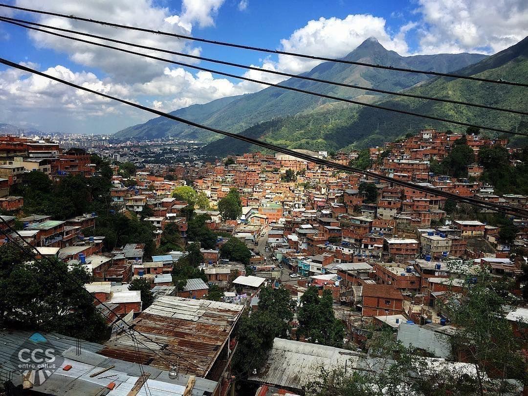 Te presentamos la selección del día: <<ÁVILA>> en Caracas Entre Calles. ============================  F E L I C I D A D E S  >> @nsalinas42 << Visita su galeria ============================ SELECCIÓN @huguito TAG #CCS_EntreCalles ================ Team: @ginamoca @huguito @luisrhostos @mahenriquezm @teresitacc @marianaj19 @floriannabd ================ #avila #elavila #Caracas #Venezuela #Increibleccs #Instavenezuela #Gf_Venezuela #GaleriaVzla #Ig_GranCaracas #Ig_Venezuela #IgersMiranda…