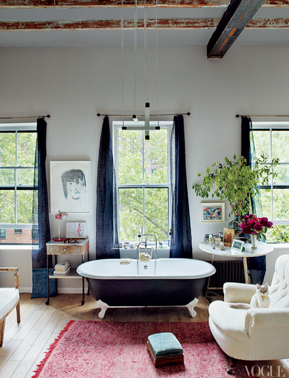 Clawfoot Tub In The Bedroom Stil Badezimmer Badezimmer Design Badezimmer Trends