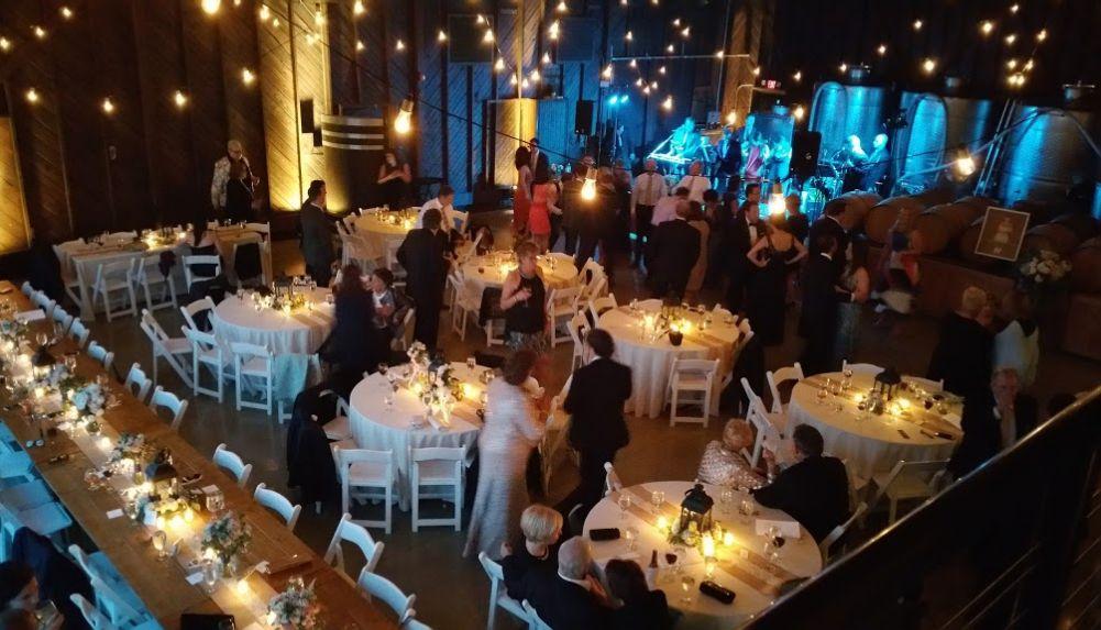 Find Saltwater Farm Vineyard Wedding Venues One Of Best