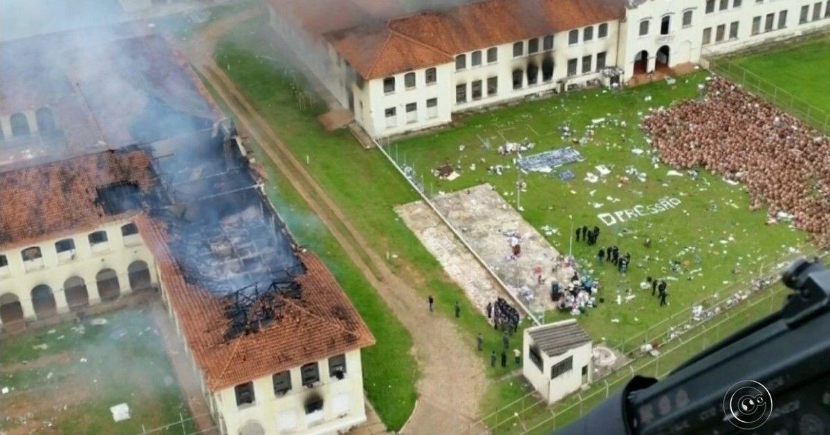 Detentos fogem após rebelião em penitenciária de Bauru