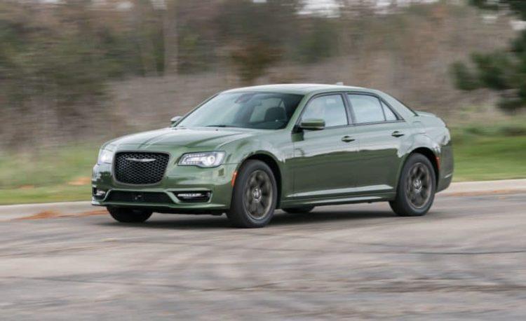 20 Full Size Sedans We Re Looking Forward To In 2020 Chrysler 300 Impala Car Chrysler 300 Touring