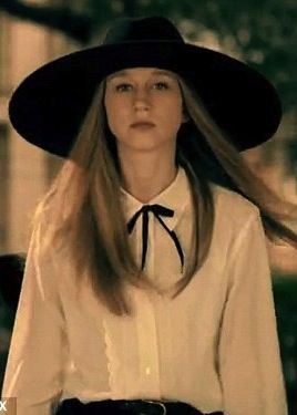 Taissa Farmiga As Zoe Benson In American Horror Story Coven Costume Designer Lou American Horror Story Costumes American Horror Story Coven American Horror