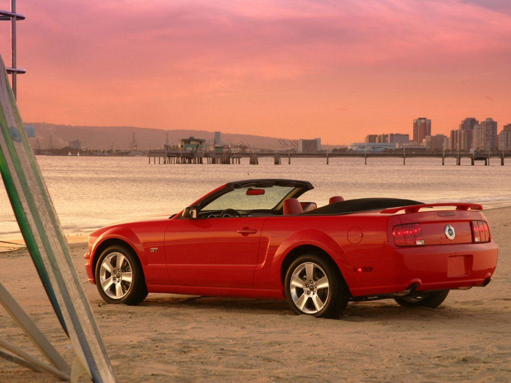 I Will Own A 2005 Ford Mustang Gt Convertibleto Take To The Beach Mustang Gt Red Mustang Mustang