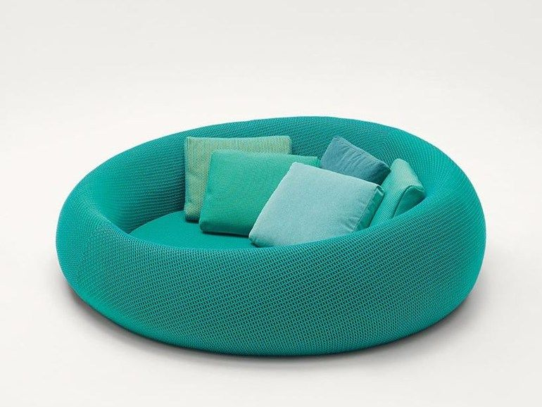 Curved polyester sofa with removable cover EASE by paola lenti ...