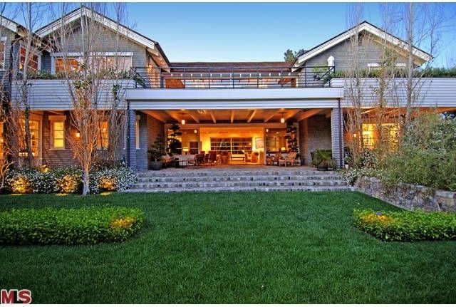 """Beverly Hills """"Farmhouse"""" 
