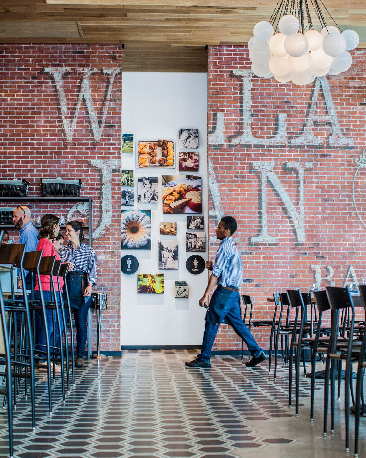 Where To Eat In New Orleans According To Chef Nina Compton New Orleans Compton Nola