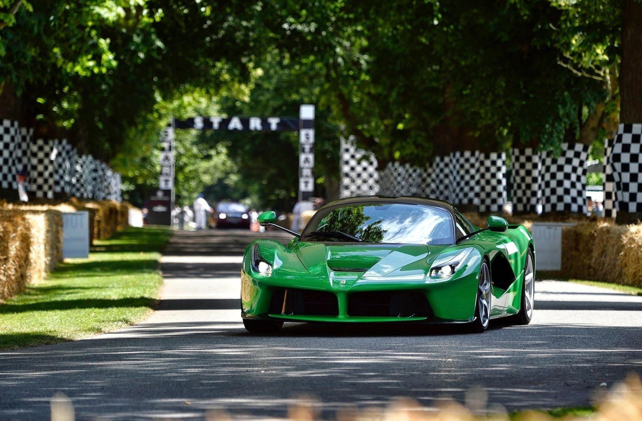Green Ferrari Laferrari Wallpaper - Wallpaper Xfree
