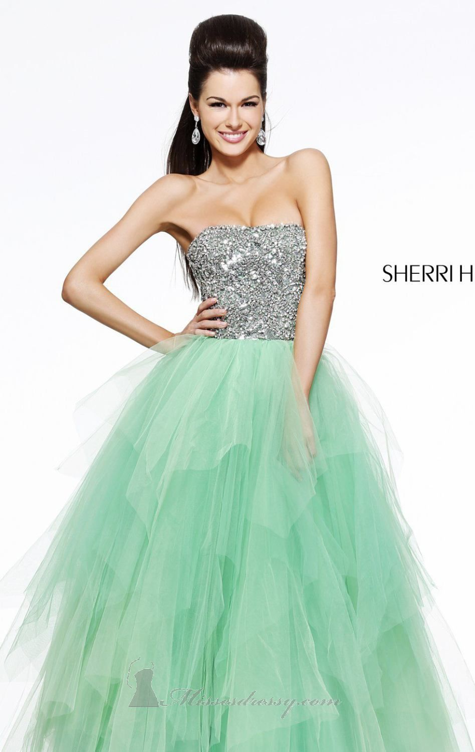 Sadie Robertson by Sherri Hill 11085! This dress is GORGEOUS ...