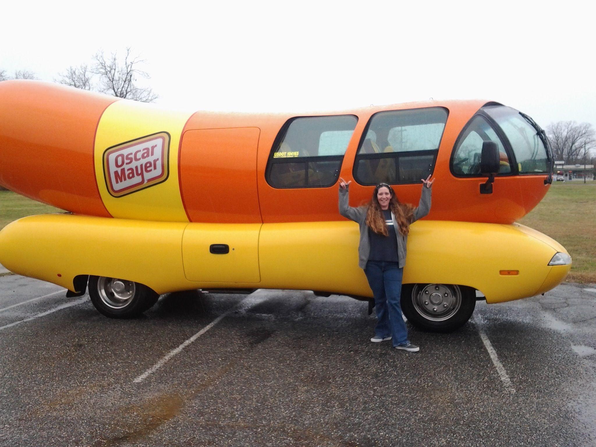 Oscar Mayer Wienermobile At University Of Oregon Editorial Image ...